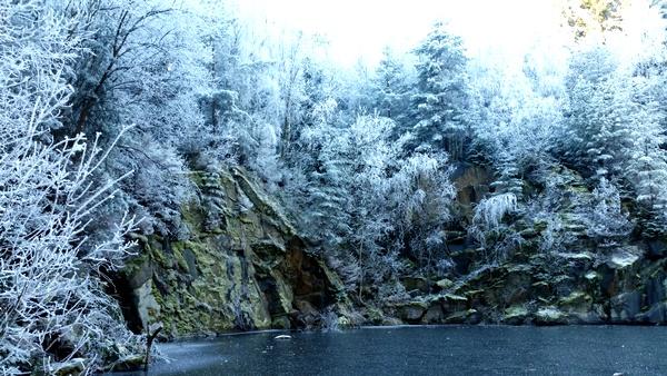 novoroční jezerní kotlina